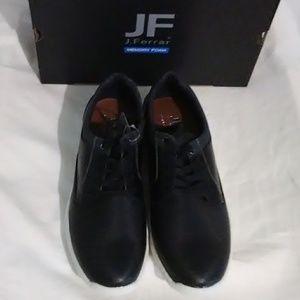NWT Mens J. Ferrar Memory Foam Shoes. 9.5